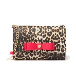 Betsey Johnson | Bow Front Leopard Print Crossbody